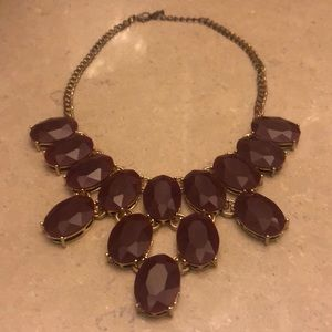 Jewelry - Maroon and golden necklace 😍